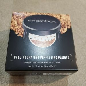 SMASHBOX HALO Hydrating Perfecting Powder Medium